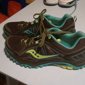 Sneakers  size 9m